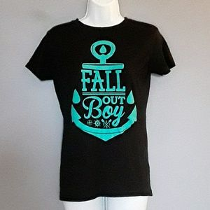 Fall Out Boy anchor graphic tshirt, M